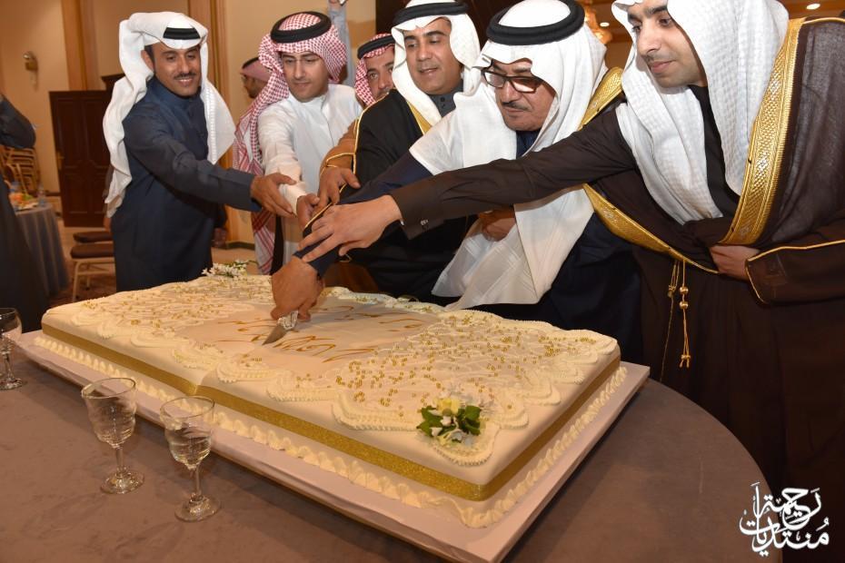 عارف نايف الجفال يحتفل بفوزة