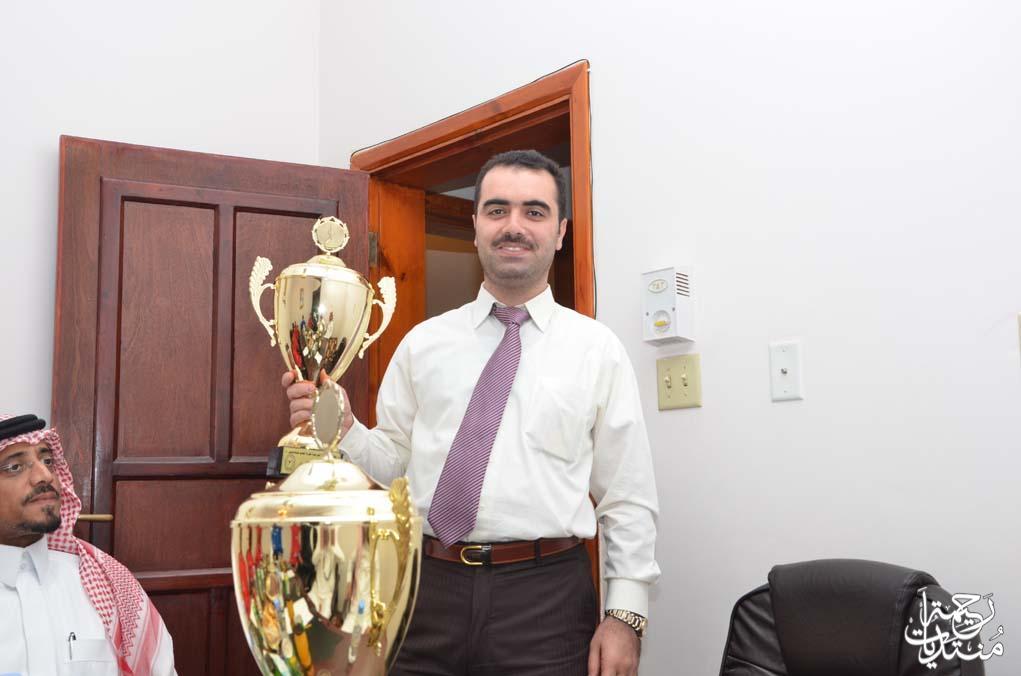 الاستاذ محمد مبارك المري يستقبل